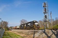 GP60 Goodness (tim_1522) Tags: railroad railfanning rail indiana in ns lafayette district emd gp60 yardpower grain