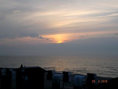 Am Weissenhäuser Strand (johannroehrle) Tags: sonnenuntergang meer ostsee wolken wasser water weissenhäuser strand himmel ozean