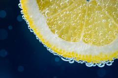 20180505 Lemon (lkaldeway) Tags: citrus efferevescent bubbles fizzy bubble water beverage fizz healthy texture stilllife lemon soda food macro effervescenc closeup blue yellow fruit organic