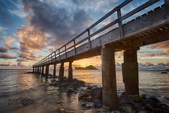 Sunrise at Waimanalo pier (wileyimages.com) Tags: waimanalo sunrise pier pahu hawaii hawaiianislands rabbitisland