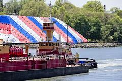 r_180509138_beat0037_a (Mitch Waxman) Tags: killvankull newyorkcity newyorkharbor tugboat newyork