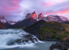 Salto Grande (Eddie 11uisma) Tags: salto grande torres del paine sunrise alpen glow chile national park