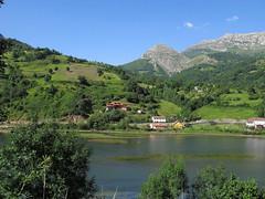 EMBALSE DE VALDEMURIO (QUIRÓS) - ASTURIAS (mflinera) Tags: quirós asturias embalse de valdemurio paisaje