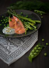 Spring salmon (Arnø N°XX) Tags: saumon asperge petit pois crème aneth citron printemps fooding food pornfood