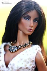 Elyse (enigma02211) Tags: seduisanteelysejolie integritytoys fashionroyalty dollphotography fashiondoll 16scale fr it