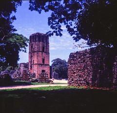 Panama Viejo (stefaniesmith1) Tags: panama panamacity panamaviejo tower latinamerica ruins historicsite 120 film twinlens mediumformat lubitel
