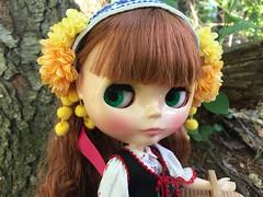 Woodland lass (Foxy Belle) Tags: blythe doll joana 2018 takara woods trees outside nature picnic basket stock neo gentiana folk dress folksy flower floral motif
