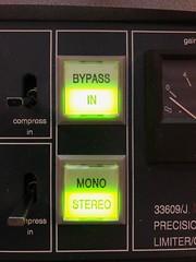 studio d'enregistrement et mastering à Lyon (Red Sync Studio) Tags: mastering stereomastering stemmastering vinylmastering digitalmastering masteredforitunes mfit redsyncstudio redsync lyon masteringengineer musicproducer musicproduction studioenregistrementlyon