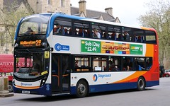 Stagecoach in Oxfordshire (Thames Transit) 10686 SN66WHE with a Kidlington service. (Gobbiner) Tags: stagecoachoxford sn66whe adl enviro 10686 thamestransit e400mmc