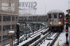 the Silver Cup curve (grapfapan) Tags: 7train subway lic longislandcity newyorkcity queens usa snow travel urban