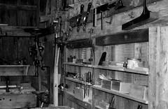 Carpenter's Shop - 19th Century (RockN) Tags: carpenter shop handtools 19thcenturyrecreation august2016 kingslanding newbrunswick canada 1000placescanada