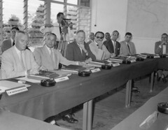Politiek en bestuur-121 (Stichting Papua Erfgoed) Tags: hollandiaconferentie papua stichtingpapuaerfgoed pace papuaheritagefoundation nederlandsnieuwguinea irianjaya irianbarat newguinea