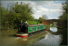 IONA (Jason 87030) Tags: canal cut braunston northants northamptionshire light bridge section men people water reflection local may 2018 narrowboat guc uk england iona