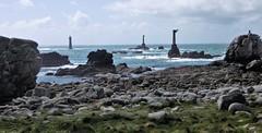 L'appel du large (J J D) Tags: rocher phare ouessant