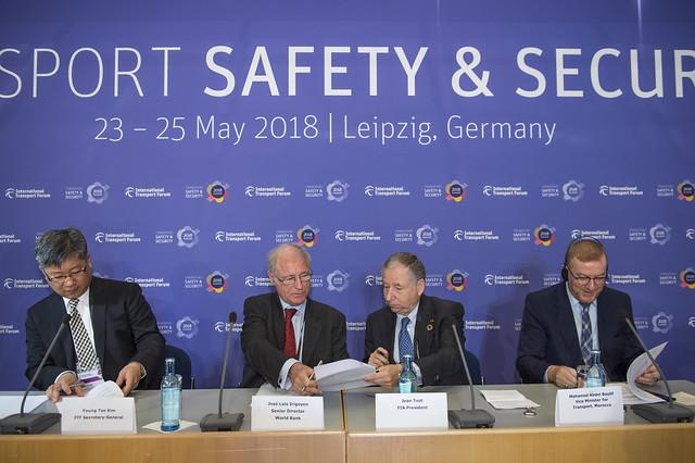 Young Tae Kim, Jean Todt, Mohamed Najib Boulif and José Luis Irigoyen sign the Memorandum of Understanding