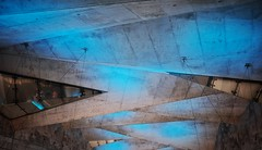 rathaus süd station - bochum (dan.boss) Tags: led concrete beton stadtbahn metro nrw bochum station ubahn x100f blue ceiling