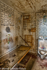 20171120_LANCASTER and WV_20171120-BFF_4942WV Penitentiary (Bonnie Forman-Franco) Tags: penitentiary abandonedpenitentiary abandoned abandonedphotography moundsville westvirginia westvirginiapenitentiary westvirginiaprison jail cell photography photographybywomen photoladybon bonnie nonhdr nikon nikonphotography