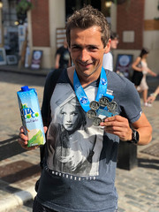 Coconut Water and my Six Star Finish Medal (marcoverch) Tags: london england vereinigteskönigreich gb street strase people menschen man mann city stadt portrait porträt urban städtisch dragrace adult erwachsene offense delikt racecompetition rennenwettkampf education bildung competition wettbewerb police polizei business geschäft road woman frau outdoors drausen festival school schule battle schlacht countryside natural natur landschaft paris naturaleza insect kodak analog nyc