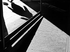 Scene Noire (Leonegraph) Tags: crime filmnoire kontrast contrast gegenlicht shadow schatten silhouette leonegraph streetphotographer streetphotography story urban spontan spontanious candid unposed human street 2018 europe germany deutschland city stadt monochrome bw blanco negro bn sw schwarz weis black white panasonicgx80 panasonic1235mmf28 mft microfourthirds hannover hanover