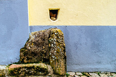 Arquitectura de Oportunidad - 2 (116/365) (Walimai.photo) Tags: stone piedra architecture arquitectura oportunidad opurtunity texture textura nikon d7000 nikkor 35mm detail detalle wall pared casa house portugal castelomendo