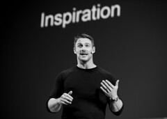 Jessie Pavelka (Pete Copeland) Tags: ted tedx glasgow jessie pavelka blackandwhite motivation speaking event muscles fitness nutrition inspiration