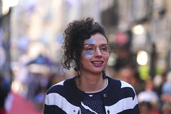 Fashion street (christian.bezou) Tags: sony fe 70 200