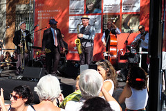 Thyssen a todo Swing (Rafa Gallegos) Tags: madrid españa spain baile dance swing gente people thyssenatodoswing thyssen músicos música music musicians