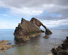 M2258396 M2258399 E-M1ii 14mm iso64 f8 0.6s SingleAF (Mel Stephens) Tags: coast coastal seascape uk scotland 20180425 201804 2018 q2 10x8 5x4 wide landscape olympus mzuiko mft microfourthirds m43 714mm pro omd em1ii ii mirrorless portknockie moray bow fiddle bowfiddle rock
