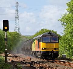 Kicking Up The Dust At Cromwell Bottom. (Neil Harvey 156) Tags: railway 60087 clicsargent cromwellbottom elland caldervalley prestondockstanks prestontanks bitumentanks 6e32 class60 colasrail colas tug colourlightsignal