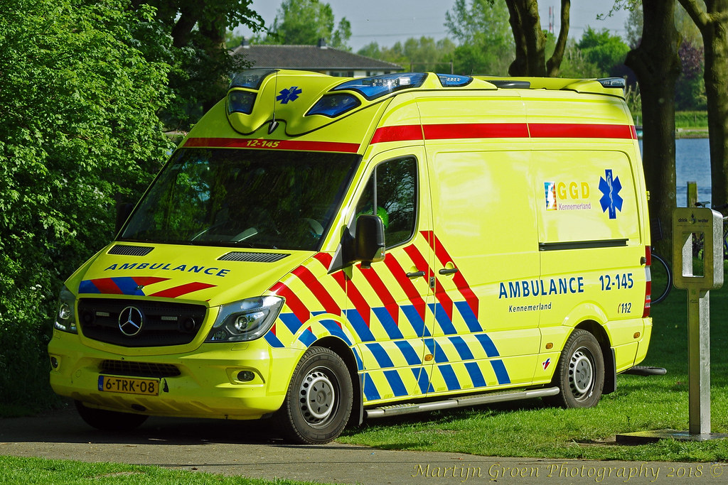 The World's most recently posted photos of ambulance and