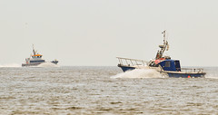 Sea craft off Dumpton Gap (philbarnes4) Tags: boat boats dumptongap broadstairs thanet kent england dslr nikond5500 philbarnes fishingboat pacearrow channel journey serviceoperationvessel