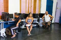 (REDES DA MARÉ) Tags: americalatina brasil complexodamaré elisângelaleite favela mare novaholanda ong projetoconectando redesdamaré riodejaneiro aula curso informática jovem