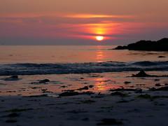 (An Arzhig) Tags: roscoff finistère bretagne france panasonic gx800 lumix sea sunset water nature sand