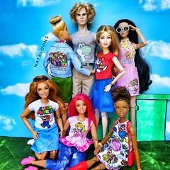 Power up! #barbiefashion #barbiefashionpack #barbiemadetomove #barbie #supermariobros #supermariobrosbarbie #supermariobrosfashion #princesspeach (Nataloons™) Tags: princesspeach barbiefashion supermariobrosfashion barbiemadetomove barbiefashionpack supermariobros supermariobrosbarbie barbie doll toy dollcollection integritytoys evanpeters poppyparker gigihadid