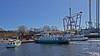 Delfin IX, Emelie och Djurgården 9 vid Allmänna Gränd i Stockholm (Franz Airiman) Tags: allmännagränd quay kaj kajplats pontoon ponton pontonbrygga jetty brygga djurgården stockholm sweden scandinavia båt boat ship fartyg