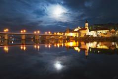 Bridge over the River Inn, Pasau (johaennesy) Tags: passau bayern bavaria germany deutschland bridge river church night nightphotography nighphotography opensourcesoftware gimp rawtherapee pentaxian pentax longexposure