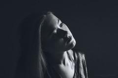 Just a moment (Passie13(Ines van Megen-Thijssen)) Tags: studioshoot moment portrait portret onelight fineart girl woman blackandwhite bw sw zw zwartwit monochroom monochrome monochrom canon inesvanmegen netherlands inesvanmegenthijssen