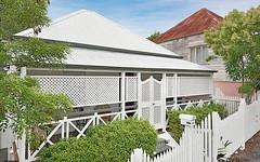 18 Hipwood Street, Spring Hill QLD