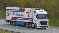 DG18 JCJ (panmanstan) Tags: mercedes actros mp4 wagon truck lorry commercial refrigerated freight transport haulage vehicle a1m fairburn yorkshire