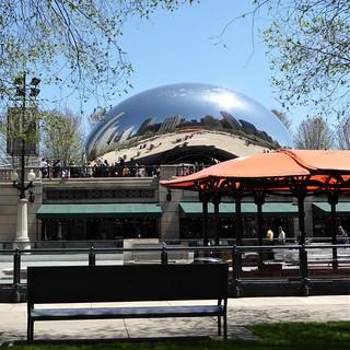 Chicago, Millennium Park, Cloud Gate, 2004-2006 (The Bean), Reflection (Sculptor: Arnish Kapoor)