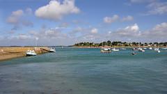 Port Navalo, Bretagne (maxguitare1) Tags: eau agua acqua water nikon bretagne france bateau barco barche boat port harbor porto puerto golfe golfo gulf ait