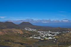 Lanzarote 15042018 463 (Dirk Buse) Tags: maguez canarias spanien esp kanaren lanzarote esana 12100 mft mu43 m43 landschaft landscape outdoor travel reise vulkane stadt city himmel wolken sky cloud