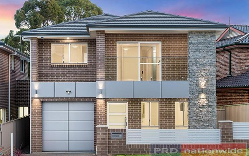 3A Joyce Av, Picnic Point NSW 2213
