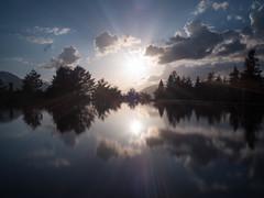 _4200065-2 (piliares) Tags: lago atardecer arres arán