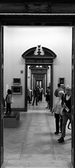 National Gallery Dublin 4 (soyer_rodrigue) Tags: irlande irland dublin howth nikon d5100 national gallery merrion square noiretblanc blackandwhite bw blackwhite doors portes architecture musée museum