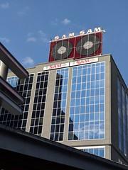 Sam's (jmaxtours) Tags: samtherecordman sams yesthisissamtherecordman sign samssign architecture sky building