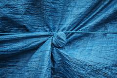 knot (jrockar) Tags: knot blue minimal minimalist fabric rope detail london closeup fuji fujix fujifilm x x100f streetphotography abstract jrockar janrockar idiot ordinarymadness ordinary madness plastic sheet