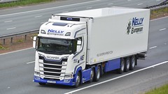 N77 KFW (panmanstan) Tags: scania ng s520 wagon truck lorry commercial international refrigerated freight transport irish haulage vehicle a1m fairburn yorkshire