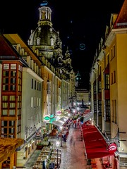 Dresden Altstadt (2) (Ula P) Tags: lights dresden germany nightshot red night huawei mobile