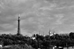 Lyon_la colline de Fourvière (nicéphor) Tags: paysage rhône landscape lyon ville nb bw